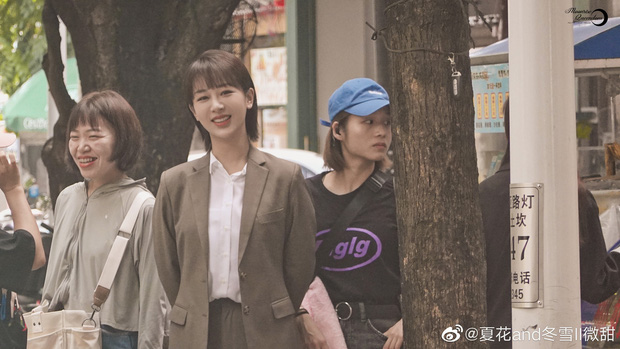 Rò rỉ cảnh Dương Tử và Tỉnh Bách Nhiên hôn 'ngấu nghiến' trong 'Nữ bác sĩ tâm lý': 'Chemistry của cô Tử hơi bị đỉnh' 6