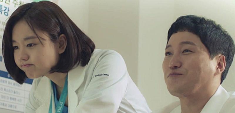 Đáng yêu như Min Ha mà không khiến anh chàng cởi mở tấm lòng được sao?