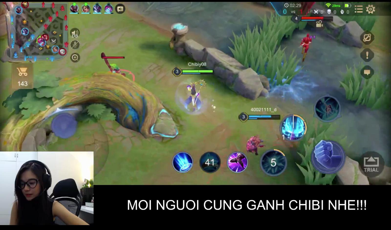 Hoàng Yến Chibi 'comeback' chơi Liên Quân
