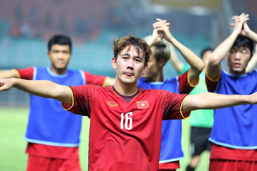 Chuyện chưa kể về cầu thủ Minh Vương: Bố mất nhưng 'không được chịu tang' và sự nghiệp nhiều sóng gió 1