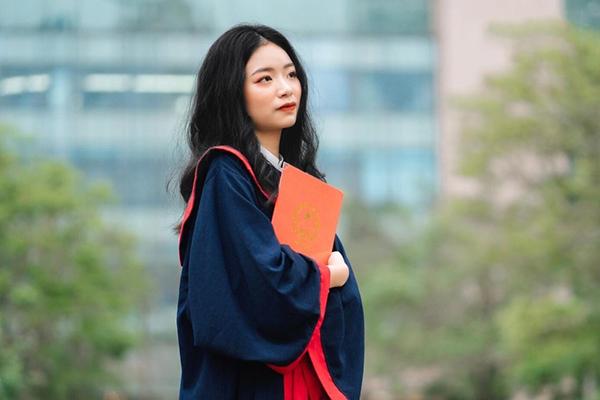 Trần Ngọc Anh là thí sinh có điểm thi tốt nghiệp cao nhất cả nước