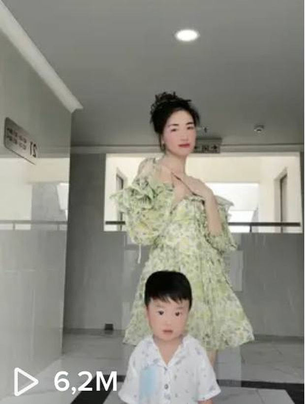 Đến mẹ Hòa Minzy còn phải đăng clip có Bo làm cameo để 'câu like' 2