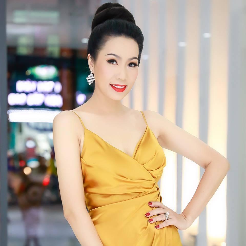 Ngoài Hoài Linh, Đàm Vĩnh Hưng, Thủy Tiên, còn nghệ sĩ nào đâm đơn tố cáo bà Phương Hằng? 4