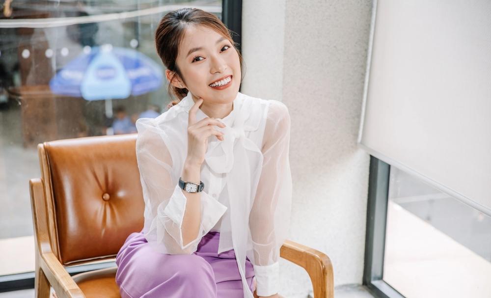 Khánh Vy nhận tin vui liên tiếp: Trở thành MC trẻ tuổi nhất của 'Đường lên đỉnh Olympia', truyền cảm hứng cho 'Học cùng chiến binh nhí' 2