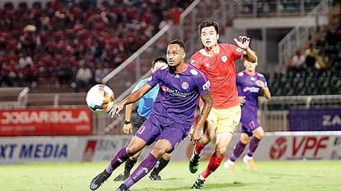 Điểm tin 27/2: V.League sẵn sàng trở lại, Manchester United chạm trán AC Milan