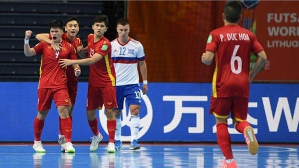 VCK futsal World Cup 2022: Việt Nam thua sát nút 2-3 trước đương kim Á quân Nga, ngẩng cao đầu rời giải