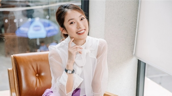 Hot girl 7 thứ tiếng Khánh Vy nhận tin vui liên tiếp: Trở thành MC trẻ tuổi nhất của 'Đường lên đỉnh Olympia', truyền cảm hứng cho 'Học cùng chiến binh nhí'