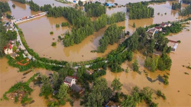 Hà Tĩnh: Nhiều nhà ngập đến nóc, người dân tiếp tục cầu cứu khẩn thiết