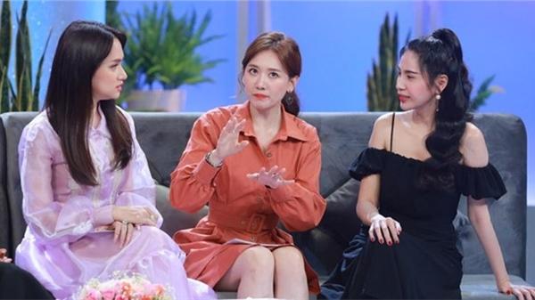 Hậu 'Giấc mơ tuyết trắng' bị 'bay màu', netizen tấn côngMV mới nhất Thủy Tiên,Hari Won nằm không cũng 'dính đạn'