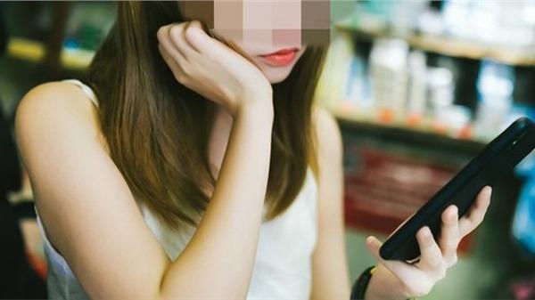 Vô tư gửi video và ảnh 'nóng' cho bạn trai mới quen qua mạng, cô gái 'tái mặt' với màn uy hiếp trắng trợn