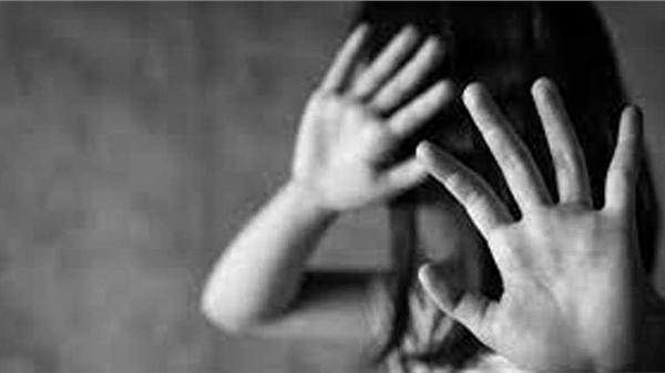 Hà Nội: Uống rượu, vào trường tiểu học xâm hại ba bé gái