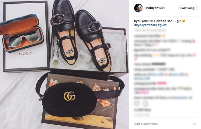 Trước đó, trên Instagram của mình, Kỳ Duyên cũng nhiều lần khiến khán giả đã mắt với những phụ kiện thời trang thời thượng