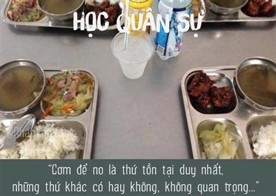 Bữa cơm tuy đạm bạc nhưng đầy đủ chất dinh dưỡng cho các bạn sinh viên.