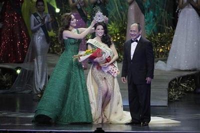 Clip Tân Hoa hậu Trái đất chia sẻ sau đăng quang: Mình đã dám ước mơ và dám thực hiện 4