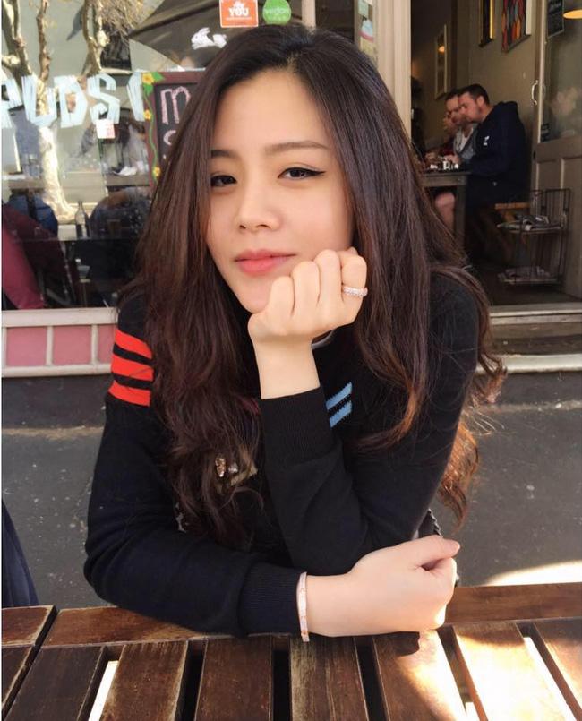 Ngất ngây với nhan sắc xinh như hot girl của các em gái nhà sao Việt 6