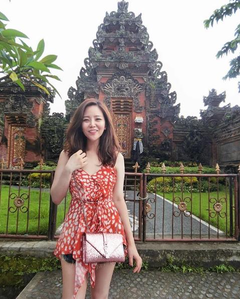 Ngất ngây với nhan sắc xinh như hot girl của các em gái nhà sao Việt 7