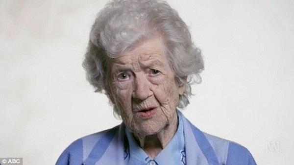 Cụ bàIrene O WémShea 102 tuổi