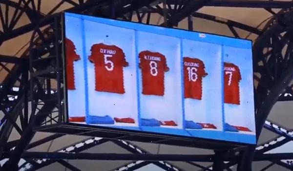 Ca khúc 'Tự hào Việt Nam' vang lên trong thời gian tuyển Việt Nam khởi động trước trận gặp Jordan 2