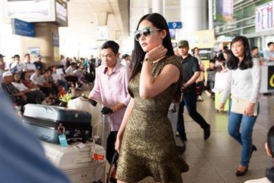 Lê Âu Ngân Anh nói gì khi không được fan chào đón ở sân bay? 1
