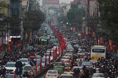 Cảnh ùn tắc trên phố Tây Sơn - Nguyễn Lương Bằng