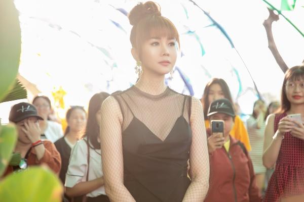 Năm 2018, Thanh Hằng phủ sóng rộng khắp với vai trò diễn viên và huấn luyện viên của chương trình The Face.