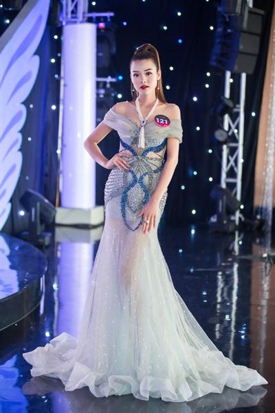 Dàn thí sinh 'Người đẹp Kinh Bắc 2019' khoe vẻ đẹp lộng lẫy trong trang phục dạ hội 1