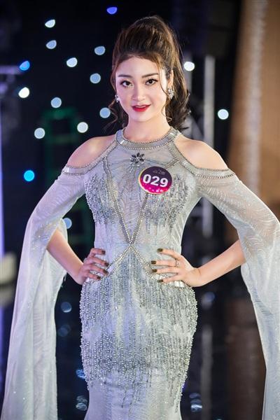 Dàn thí sinh 'Người đẹp Kinh Bắc 2019' khoe vẻ đẹp lộng lẫy trong trang phục dạ hội 5
