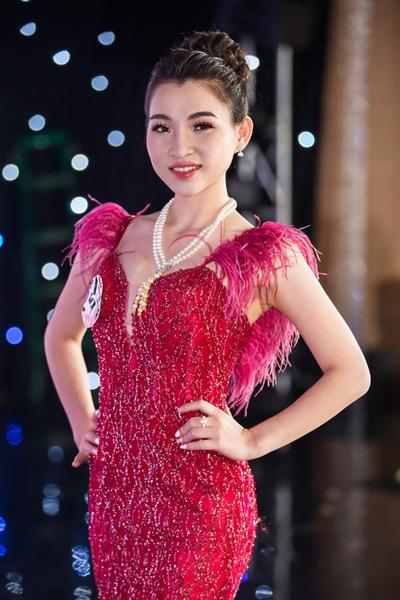 Dàn thí sinh 'Người đẹp Kinh Bắc 2019' khoe vẻ đẹp lộng lẫy trong trang phục dạ hội 9