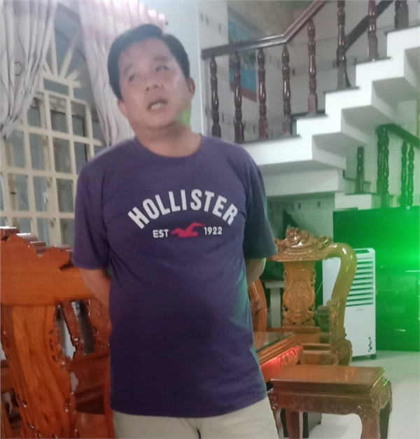 Ông Vương bất ngờ vì phát hiện ra thi thể trong nhà mình