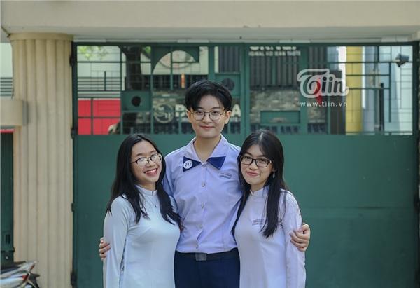 Cô nàng tomboy cao 1m80 trường Chuyên Trần Đại Nghĩa hút ngàn fan girl nhờ vẻ đẹp 'nam thần' 3