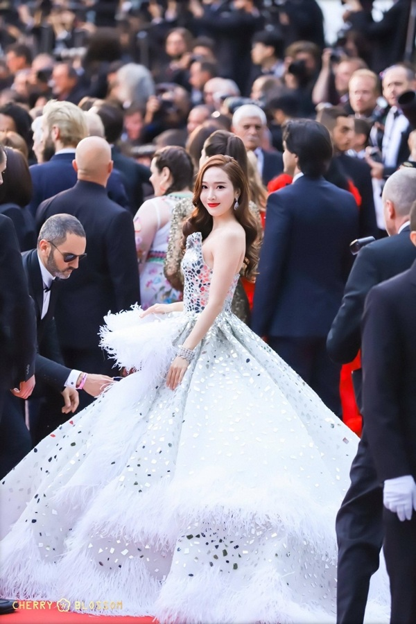 Điểm danh những mỹ nhân châu Á có phong cách nổi bật nhất tại thảm đỏ LHP Cannes 2019 18