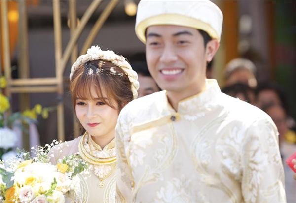Cặp đôi trẻ tổ chức đám cưới vào ngày 13/6 tại Phú Yên.