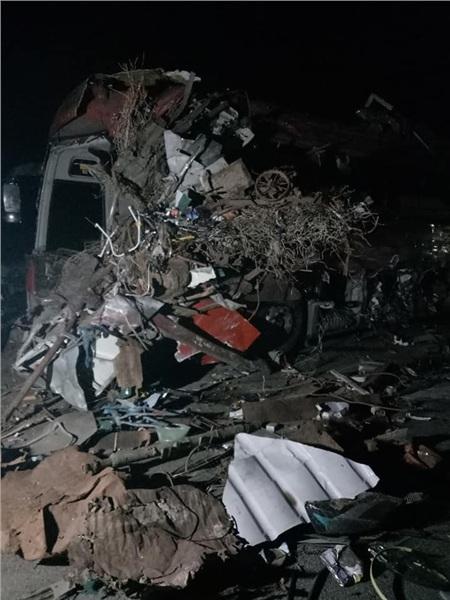 Hiện trường vụ tai nạn kinh hoàng khiến 3 người tử vong, 38 người bị thương ở Hòa Bình 1