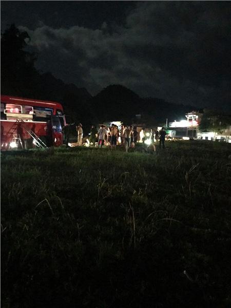 Hiện trường vụ tai nạn kinh hoàng khiến 3 người tử vong, 38 người bị thương ở Hòa Bình 8