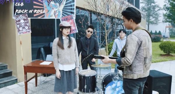 'Mỹ nhân chiến' tập 4: Bị chị họ cảnh cáo, Quỳnh 'mọt sách' vẫn nhất định đi ngược lại truyền thống gia đình, tham gia CLB rock 4