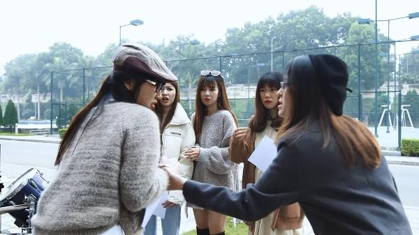 'Mỹ nhân chiến' tập 4: Bị chị họ cảnh cáo, Quỳnh 'mọt sách' vẫn nhất định đi ngược lại truyền thống gia đình, tham gia CLB rock 5