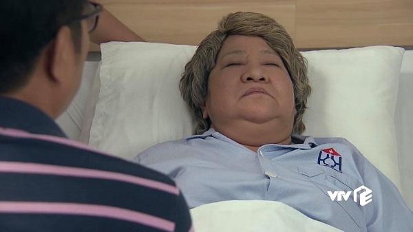 Bà nội Phong nhập viện, may mắn không bị thương nghiêm trọng.