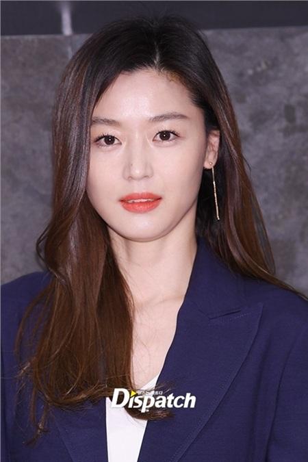 Giàu 'nứt vách' nhưng tiết lộ về sản phẩm skincarecủa Song Hye Kyo và loạt sao Hàn khiến netizen vô cùng bất ngờ! 1