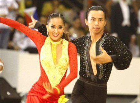 Chí Anh và Khánh Thi từng là cặp đôi đình đám của làng dance sport Việt Nam.