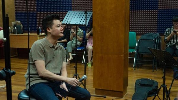 Trấn Thành nói gì khi hát live cùng dàn ca sĩ ca sĩ hàng đầu Việt Nam? 5