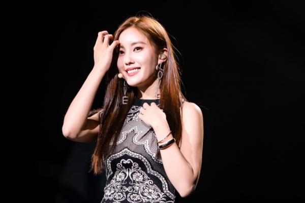 Hyomin tặng cả mùa hè cho fan Việt với 'Cabinet', 'huyền thoại' Kim Jae Joong tái hiện loạt hit thanh xuân 0