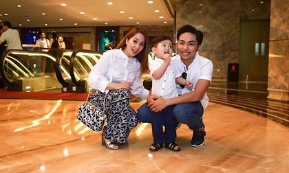 Khánh Thi - Phan Hiển và bé Kubin