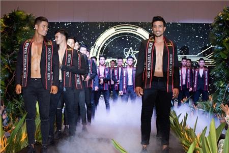Top 30thí sinh toàn quốc Mister VietNam 2019 sở hữu thể hình chuẩn và được đào tạo bài bản.