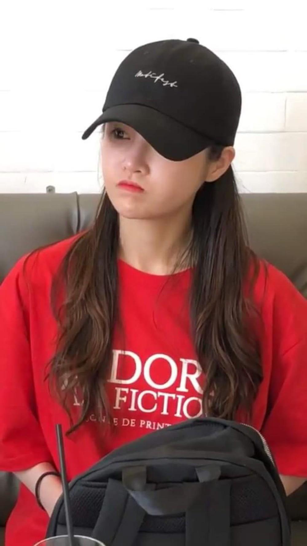 Năm 2018 Boram từng khiến người hâm mộ háo hức khi bắt gặp cô tại Đà Lạt trong chuyến du lịch của mình