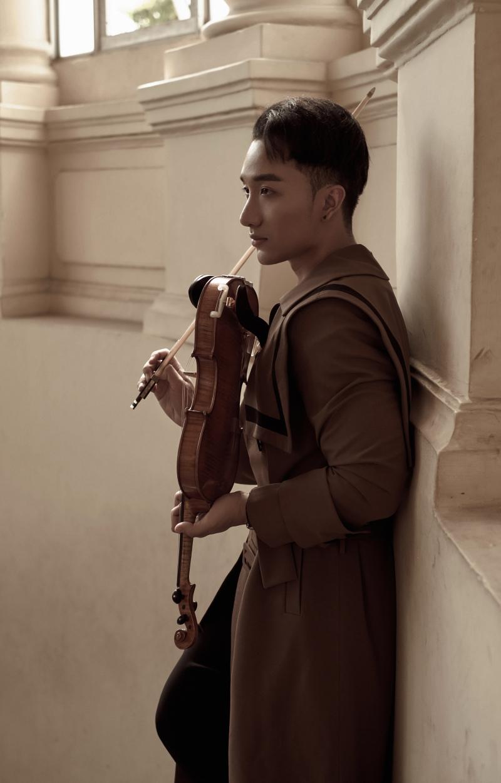 'Trò chuyện' của Hoàng Rob: Cây violin 'so giọng' với những ca sĩ tài năng 2
