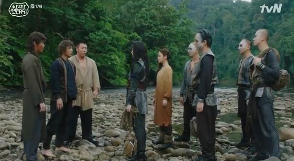 'Arthdal Chronicles' tập 17: Jang Dong Gun và Kim Ok Bin trở mặt, Song Joong Ki nổi dậy đấu tranh 0