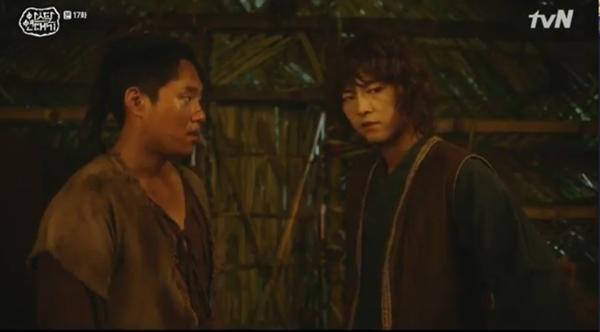 'Arthdal Chronicles' tập 17: Jang Dong Gun và Kim Ok Bin trở mặt, Song Joong Ki nổi dậy đấu tranh 4