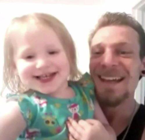 Bỏ quên bé gái 2 tuổi trên ô tô suốt nhiều tiếng, người trông trẻ vô tình giết chết đứa con độc nhất của 1 gia đình hiếm muộn 1