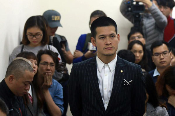 Đạo diễn Việt Tú - đại diện bên bị đơn trong vụ tranh chấp.