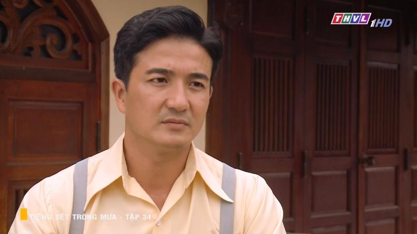 'Tiếng sét trong mưa' tập 34: Số nhọ như thầy thuốc của bà Hạnh Nhi, vừa tỏ tình xong đã mất việc ngay lập tức 15